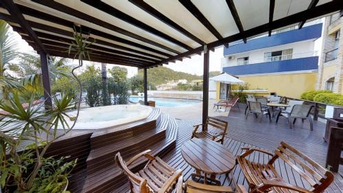 The swimming pool at or close to Hotel Joao de Barro