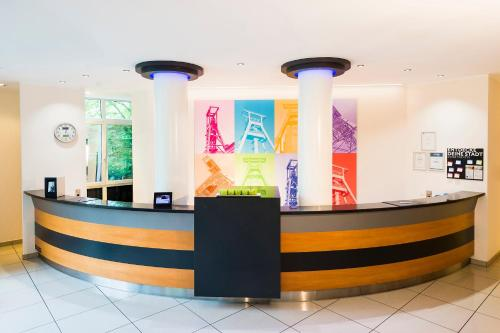 The lobby or reception area at Tryp Bochum Wattenscheid