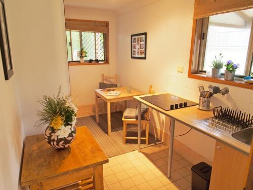 A kitchen or kitchenette at Pacific Vista Budget Retreat