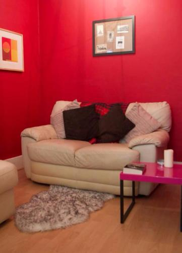 1 Bed Flat in City Centre Sleeps 2