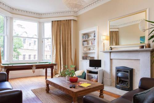 4 Bedroom Apartment Just Off The Meadows Sleeps 10