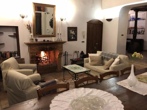 Area soggiorno di B&B Villa Loriana