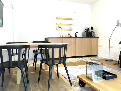 Kuchnia lub aneks kuchenny w obiekcie Apartament August