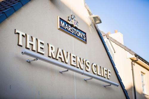 The Raven�s Cliff Lodge by Marston's Inns