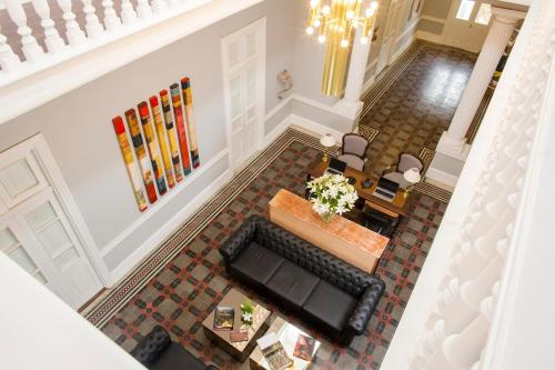 A seating area at Casa Republica Barranco Boutique Hotel