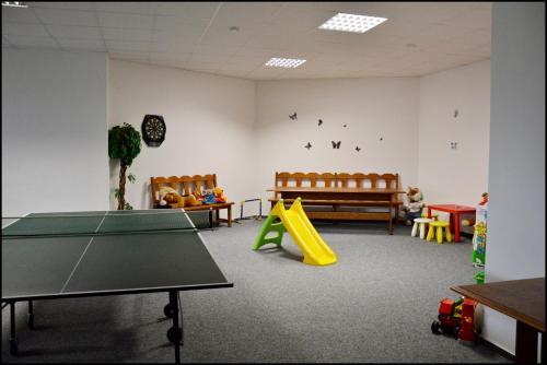 Stolní tenis v ubytování Penzion Starý dvůr nebo okolí
