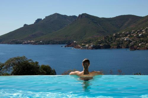 The swimming pool at or near Tiara Yaktsa Côte d'Azur