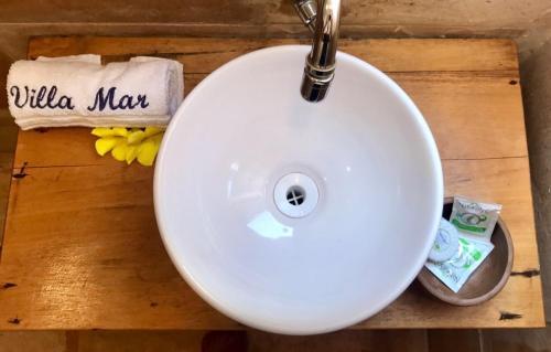 A bathroom at Villa Mar Residence