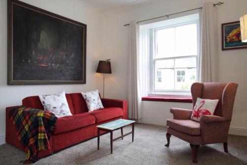 1 Bedroom Apartment in City Centre Sleeps 4-6