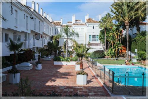 The swimming pool at or near apartment REST Nueva Andalucia, Puerto Banus