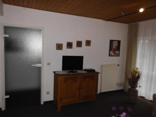 TV/Unterhaltungsangebot in der Unterkunft Gaestehaus Plum
