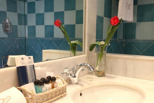 A bathroom at La Quinta de los Cedros