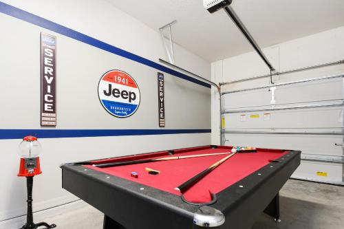 A billiards table at Four Bedroom TownHome w/ game room 5128