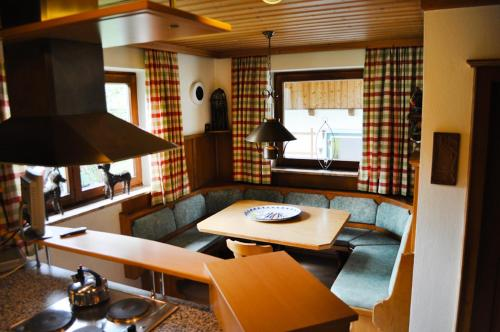 A seating area at Chalet 3 Musketiers