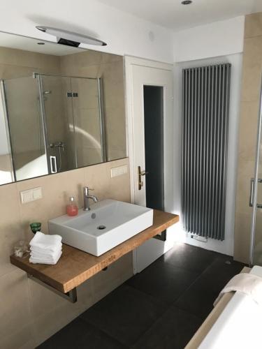 Ein Badezimmer in der Unterkunft Haus Gnigl