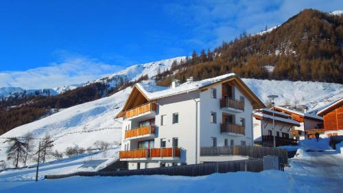 Residence Weisskugel Langtaufers Südtirol im Winter