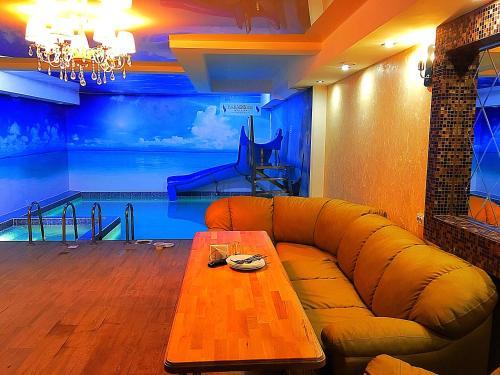 A seating area at Paradis Inn Hotel & Spa