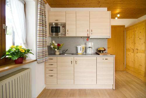 Küche/Küchenzeile in der Unterkunft Haus Christl