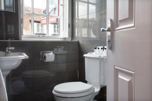 A bathroom at No.64 at the Joiners