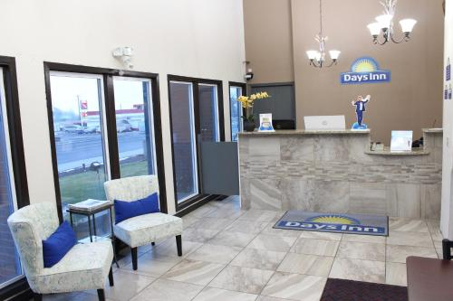 The lobby or reception area at Days Inn by Wyndham Ritzville