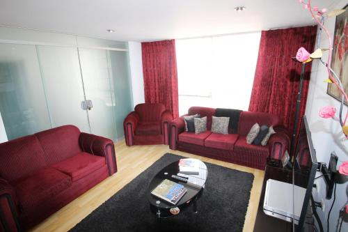 A seating area at Ayli Apart Hotel