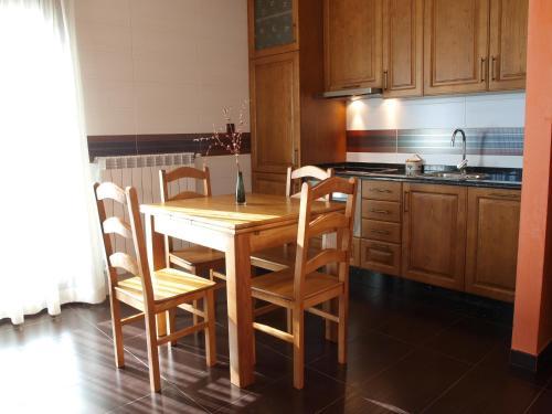 Una cocina o zona de cocina en Hotel Apartamento Marouco