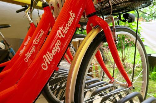Radfahren an der Unterkunft Albergo Visconti oder in der Nähe