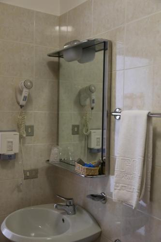 A bathroom at Hotel Dolomiti