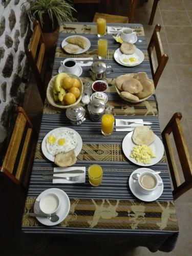 Breakfast options available to guests at B&B Chayana Wasi