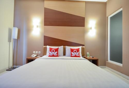 Hotel Zen Rooms Cideng Timur Raya Jakarta Indonesia Booking Com