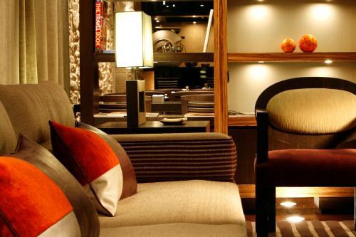 Zona de estar de Hotel Altaïr