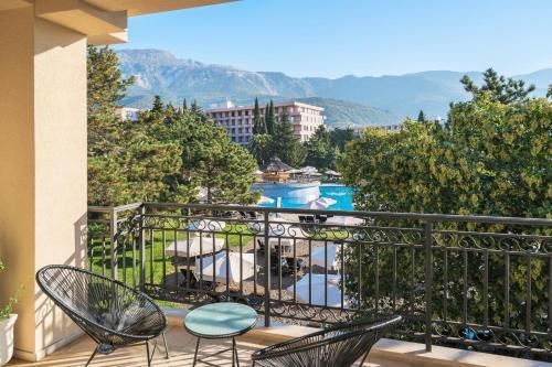 En balkong eller terrasse på Iberostar Bellevue - All Inclusive