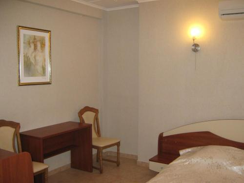 A seating area at Hotel Complex Verhovina