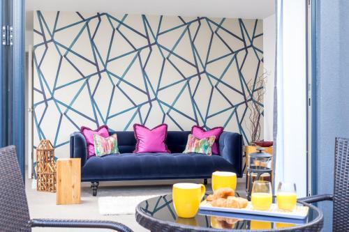 Executive 2 Bedroom Garden Apartment