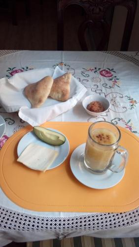 Options de petit-déjeuner proposées aux clients de l'établissement Posada Don Giorgio