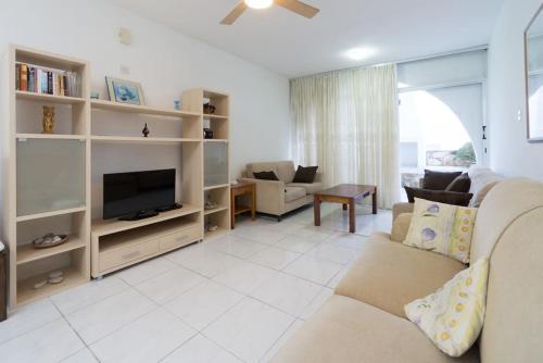 A seating area at Pissouri Beach Apartments