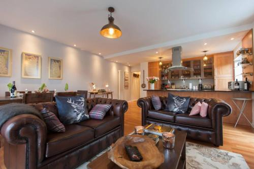 2 Bedroom Flat in Holyrood Area Accommodates 6