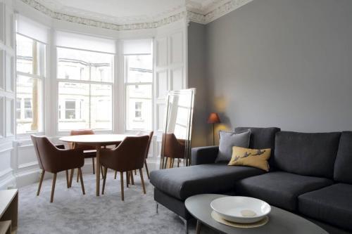 2 Bedroom Bruntsfield Apartment Sleeps 4