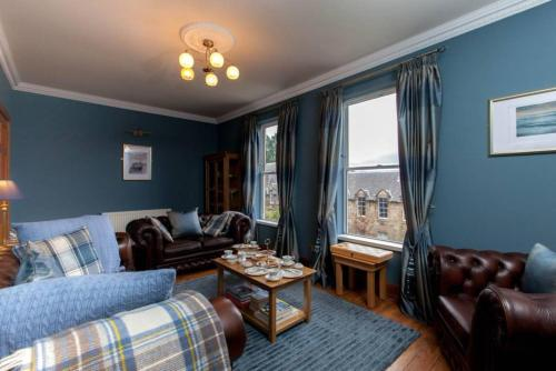 Central 2 Bedroom Flat in the Old Town Sleeps 6