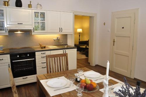 A kitchen or kitchenette at Atmospheric Quiet Apartment