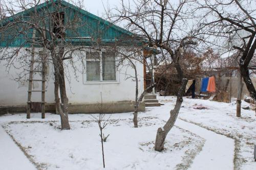 Guesthouse Alakol зимой