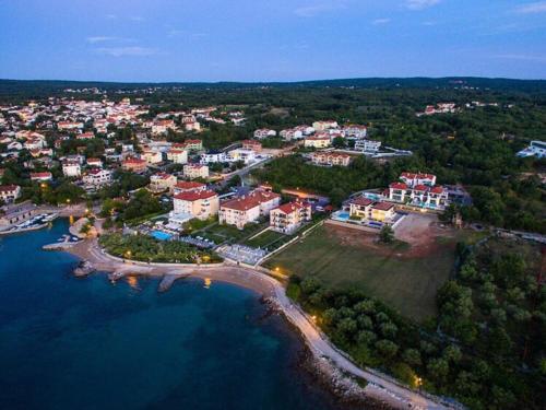 A bird's-eye view of Luxury Apartments Villa Matea