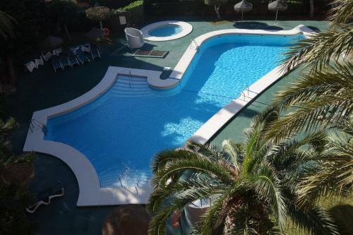 A view of the pool at Apartamentos Estrella De Mar or nearby