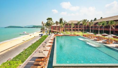 The swimming pool at or close to Hansar Samui Resort & Spa