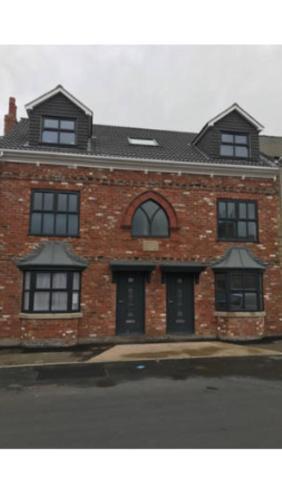 Joe kelly buildings flat 4
