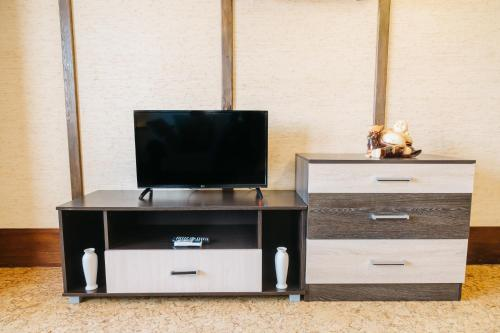 A television and/or entertainment center at Five Stars Style