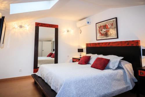 Cama o camas de una habitación en Penthouse A6 Parque la Carolina/Carolina Park