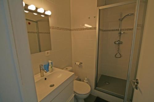 A bathroom at Zeedijk22Nieuwpoort