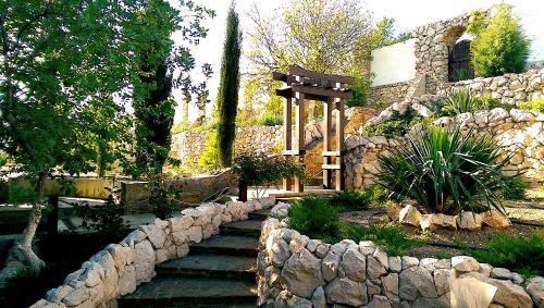 Сад в Гостевой дом Лагуна