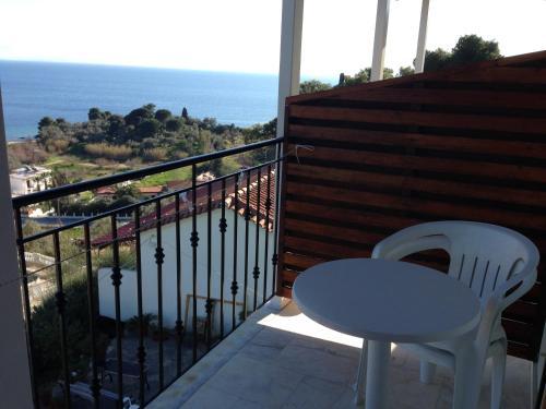Un balcon sau o terasă la Kolios View